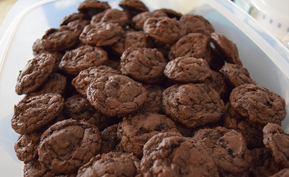chocolate buttermilk cookies with chocolate chips