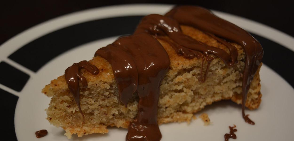 brown butter hazelnut cake with Nutella glaze