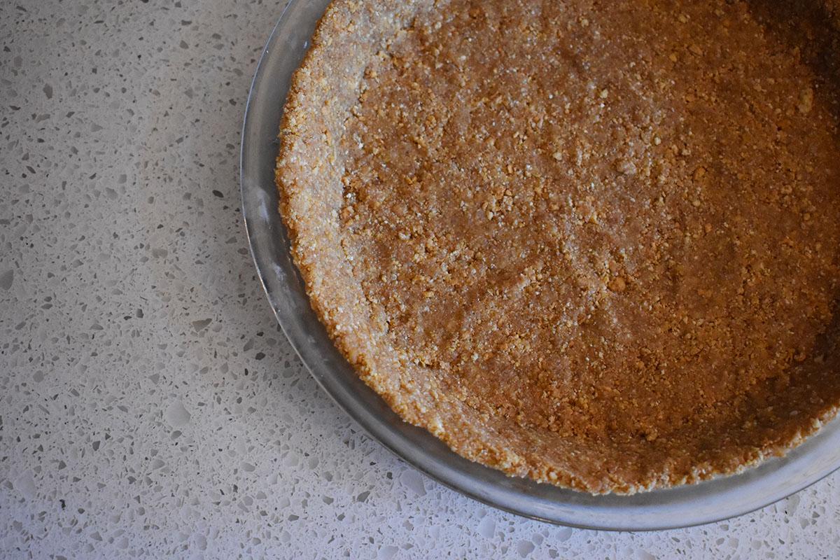 buttery graham cracker pie crust